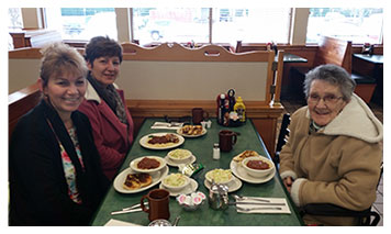 Loyal Clientele at Lucky Loggers Restaurant Saco Maine